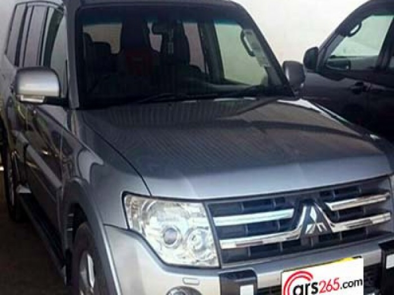 2016 Pajero 7 Seater Price In Jamaican Dollar Mitsubishi Pajero Shogunfind Used Cars And New Cars For Sale In